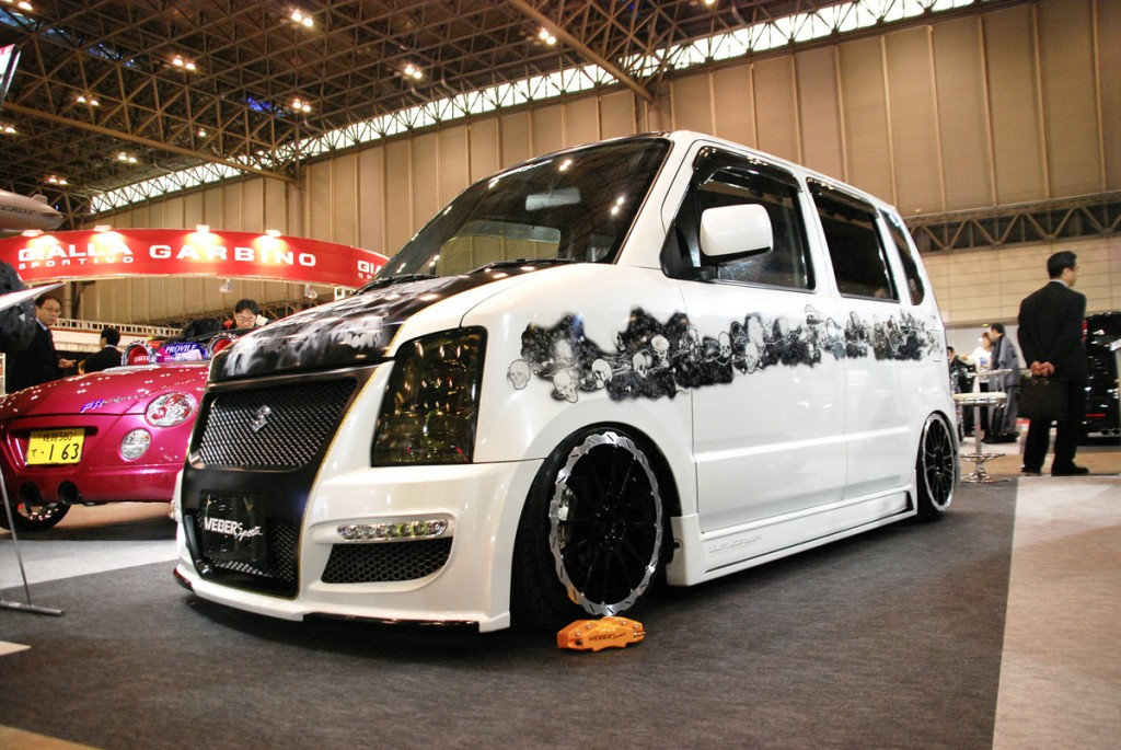 Gebrushter Suzukivan Kl1-1024x685 in
